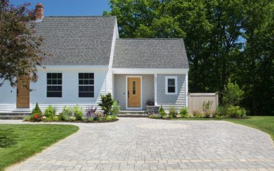 Gagne Expands Cottage Series