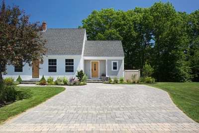 Colonial Cobble Granite Hill Blend w/ Fieldstone Blend Stripes
