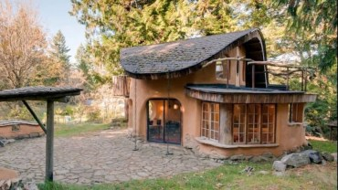 Adorable Cabin Style Ideas For Small House 14