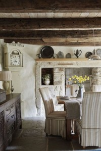 Affordable English Country Kitchen Decor Ideas 20