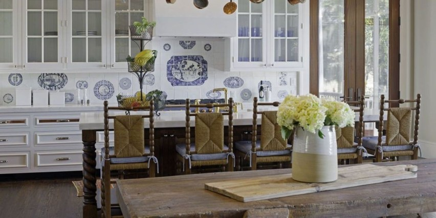 Affordable English Country Kitchen Decor Ideas 32