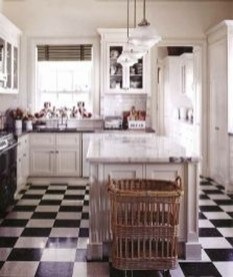 Affordable English Country Kitchen Decor Ideas 42
