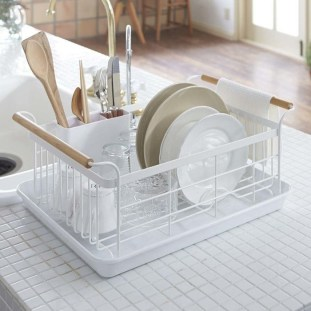 Beautiful Dish Rack Ideas For Your Small Kitchen 02