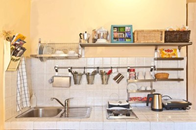 Beautiful Dish Rack Ideas For Your Small Kitchen 39