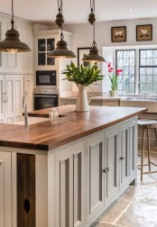 Beautiful Kitchen Lighting Ideas To Upgrade Your Design 20