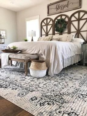 Captivating Farmhouse Bedroom Ideas 18