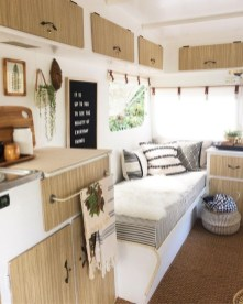 Cool Rv Decoration Ideas You Can Try 48