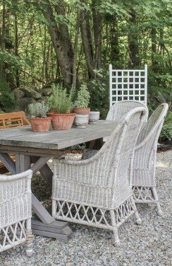 Outstanding Outdoor Dining Room Ideas 16