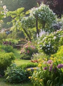 Perfect Home Garden Design Ideas That Make You Cozy 30