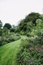 Perfect Home Garden Design Ideas That Make You Cozy 41