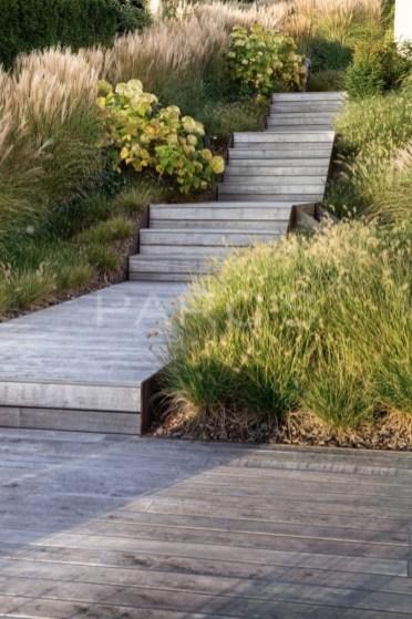 Perfect Home Garden Design Ideas That Make You Cozy 46
