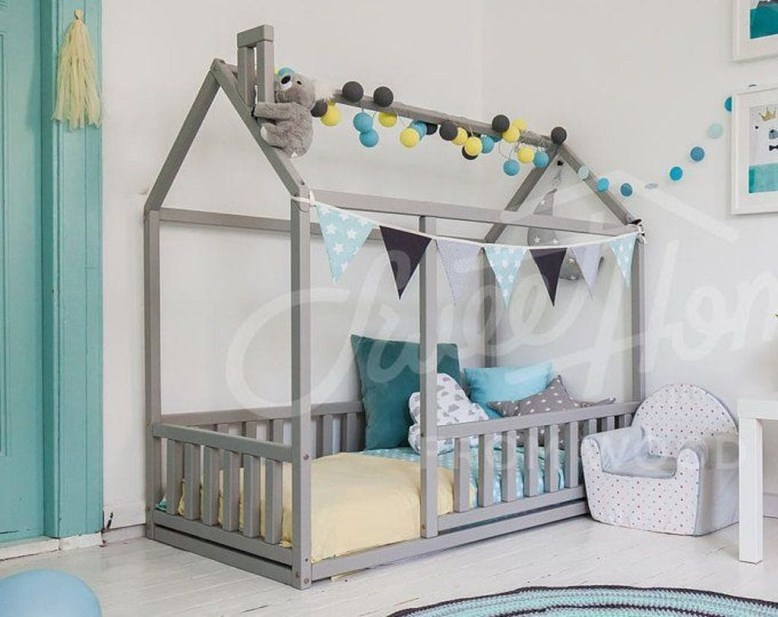 Smart Montessori Ideas For Baby Bedroom 29