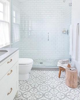 Stylish Small Bathroom Design Ideas On A Budget 15