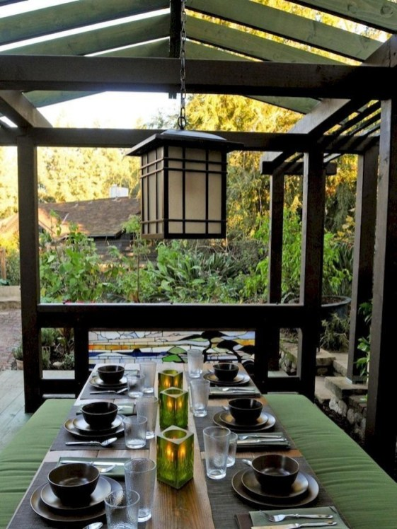 Wonderful Outdoor Dining Room Ideas With Rural Style 18
