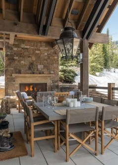 Wonderful Outdoor Dining Room Ideas With Rural Style 50