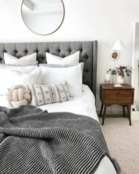 Catchy Bedroom Ideas That Will Make You Cozy 31