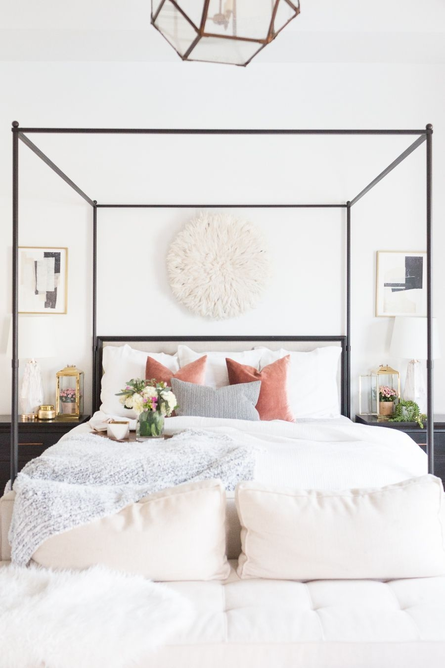 Catchy Bedroom Ideas That Will Make You Cozy 41