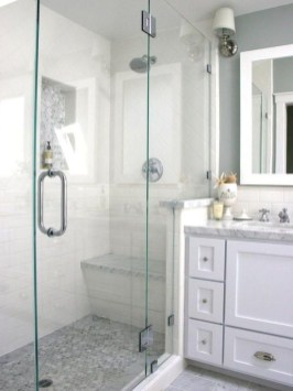 Classy Bathroom Design Ideas With Little Space 35