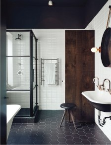 Classy Bathroom Design Ideas With Little Space 40