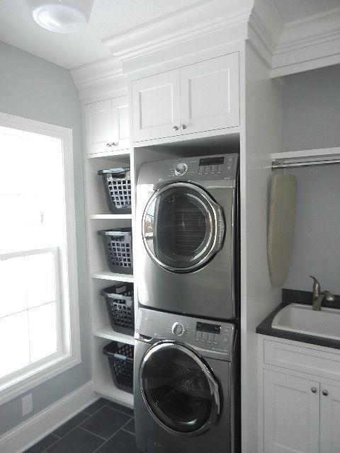 Cozy Laundry Room Storage Design Ideas 06
