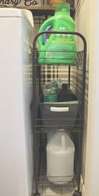 Cozy Laundry Room Storage Design Ideas 14