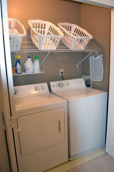 Cozy Laundry Room Storage Design Ideas 31