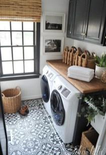 Elegant Laundry Room Design Ideas 12