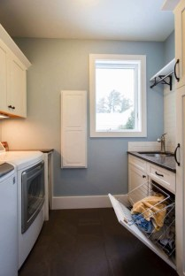 Fabulous Functional Laundry Room Decoration Ideas On A Budget 04
