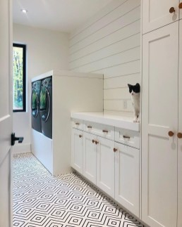 Fabulous Functional Laundry Room Decoration Ideas On A Budget 10