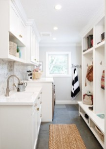 Fabulous Functional Laundry Room Decoration Ideas On A Budget 34