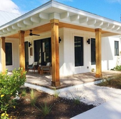 Incredible Farmhouse Exterior Ideas With Metal Roof 42