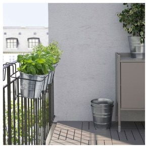 Latest Home Patio Design With Hanging Plants 22