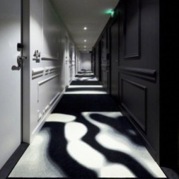 Marvelous Home Corridor Design Ideas That Looks Modern 28