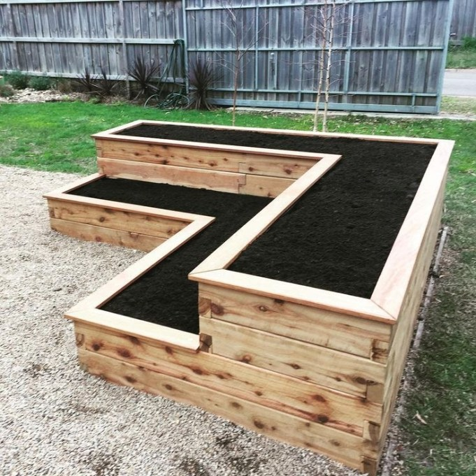 Outstanding Diy Raised Garden Beds Ideas 16