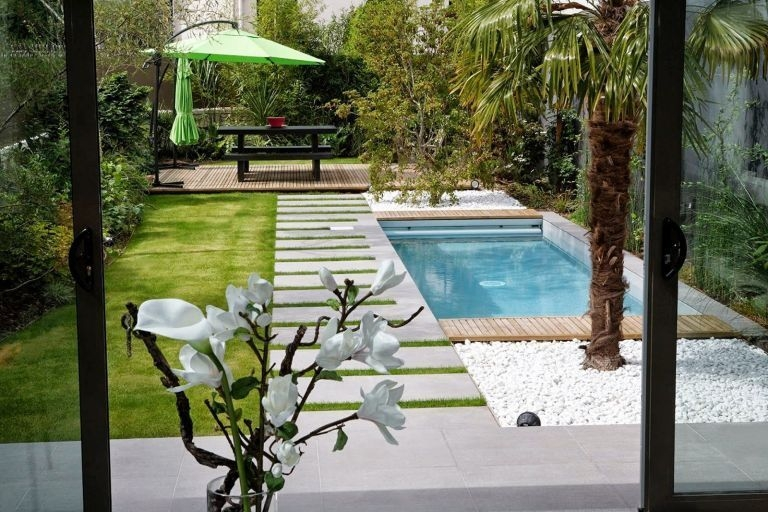 Perfect Backyard Home Design Ideas With Swimming Pool 19