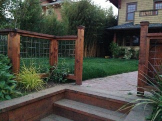 Wonderful Front Yard Ideas With Contemporary Fence 12