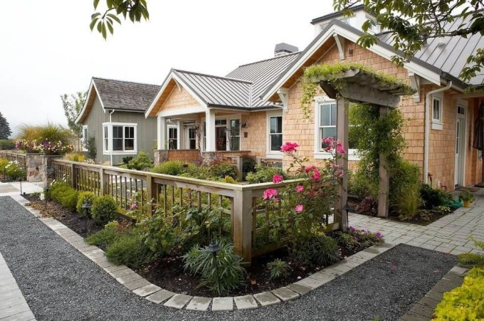 Wonderful Front Yard Ideas With Contemporary Fence 50