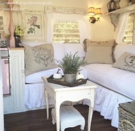 Captivating Farmhouse Style Decor Ideas For Rv Makeover To Tryl 15