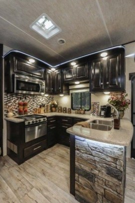 Captivating Farmhouse Style Decor Ideas For Rv Makeover To Tryl 19