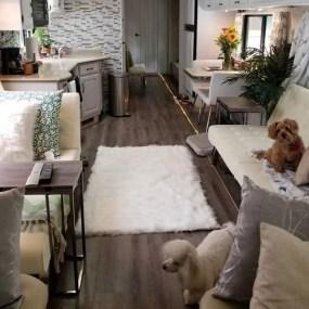 Captivating Farmhouse Style Decor Ideas For Rv Makeover To Tryl 28