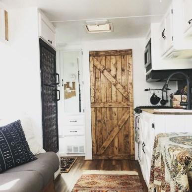 Captivating Farmhouse Style Decor Ideas For Rv Makeover To Tryl 39