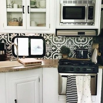 Captivating Farmhouse Style Decor Ideas For Rv Makeover To Tryl 40
