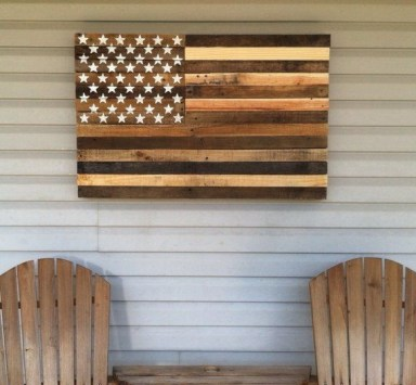 Chic Diy Pallet Wall Art Ideas To Try 48