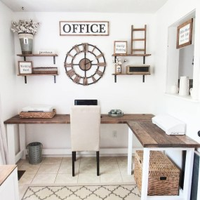 Creative Farmhouse Desk Ideas For The Home Office To Try 29