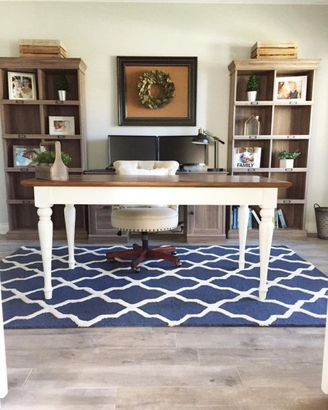 Creative Farmhouse Desk Ideas For The Home Office To Try 30