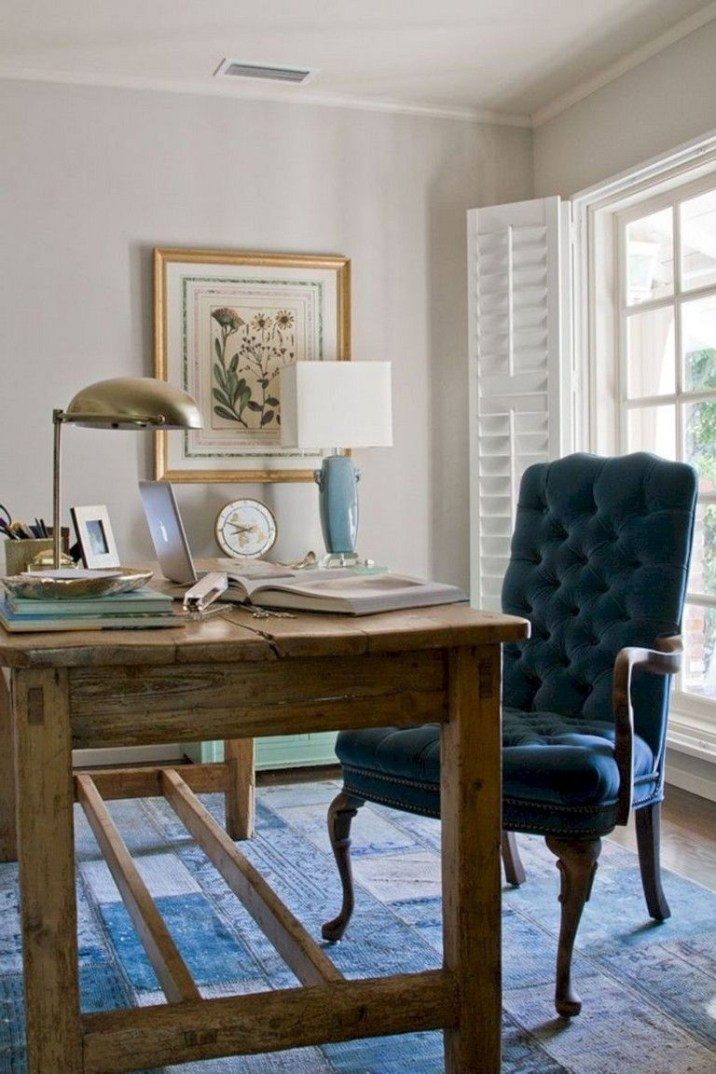 Creative Farmhouse Desk Ideas For The Home Office To Try 47