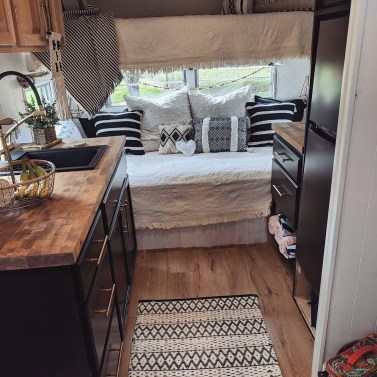 Extraordinary Interior Rv Makeover Ideas You Must Have 12
