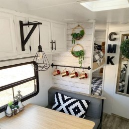 Extraordinary Interior Rv Makeover Ideas You Must Have 34