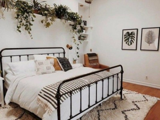 Gorgeous Bedroom Ideas For Couples On A Budget To Try 33