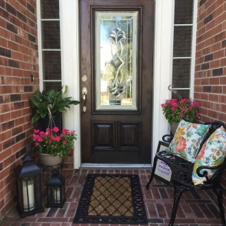 Lovely Summer Decorating Ideas For Front Porch 08
